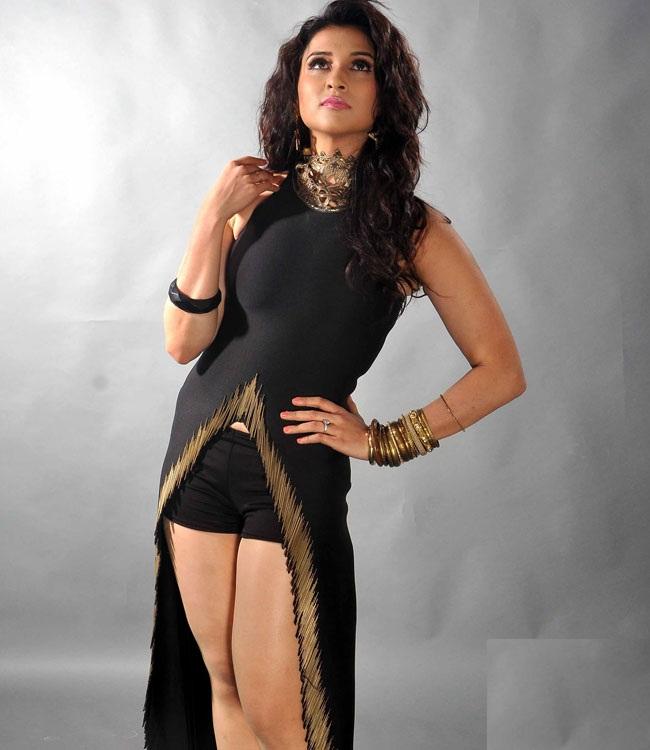 Mannara Chopra Hot & Sexy Thigh In Short Clothes