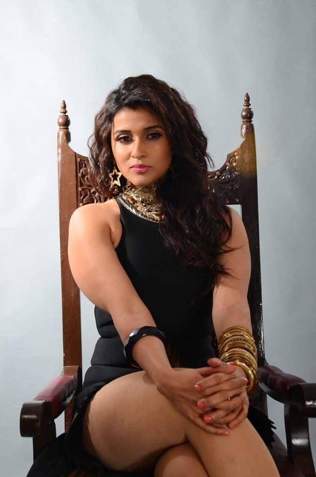 Mannara Chopra Sexy Thigh Pics In Undergarments
