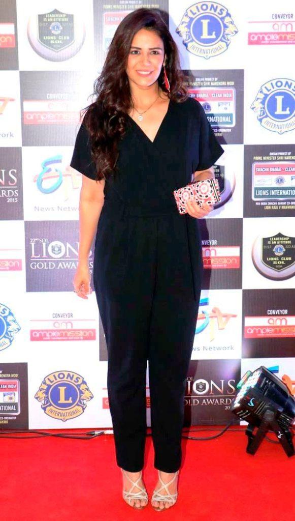 Mona Singh HD Pics Full HD