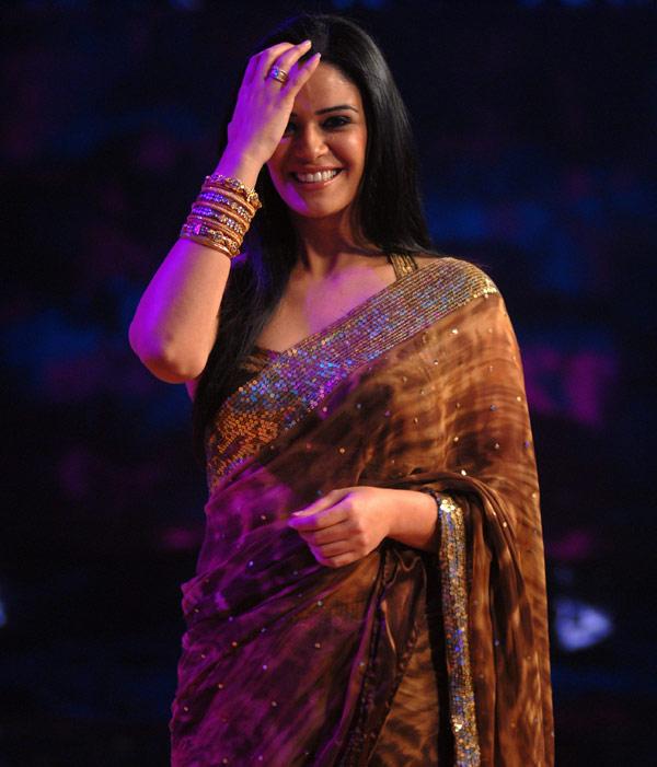 Mona Singh Latest New Pics At Award Show