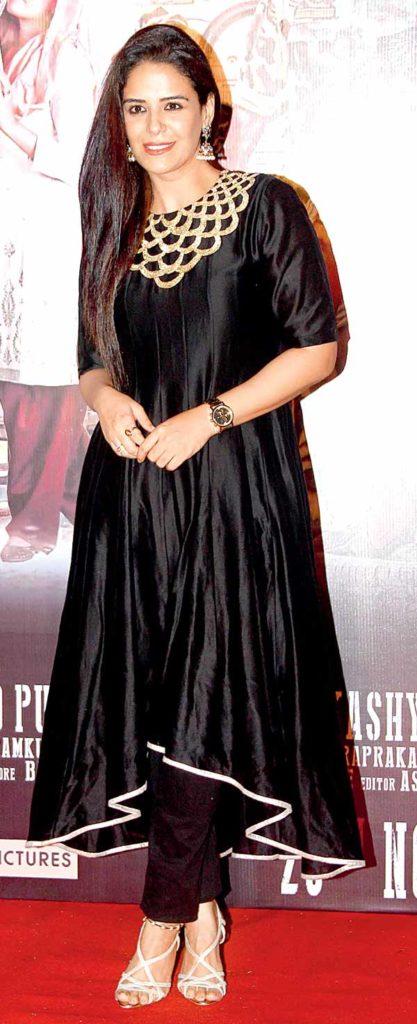 Mona Singh New HD Pics At Event
