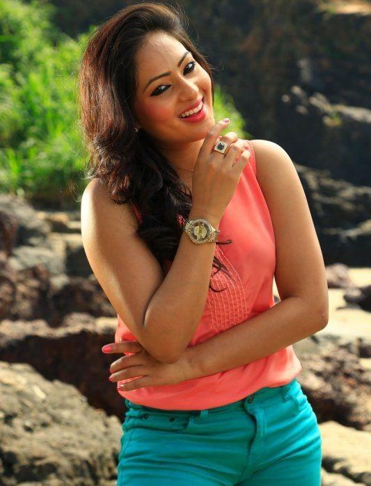 Nikesha Patel Cute Smile Wallpapers