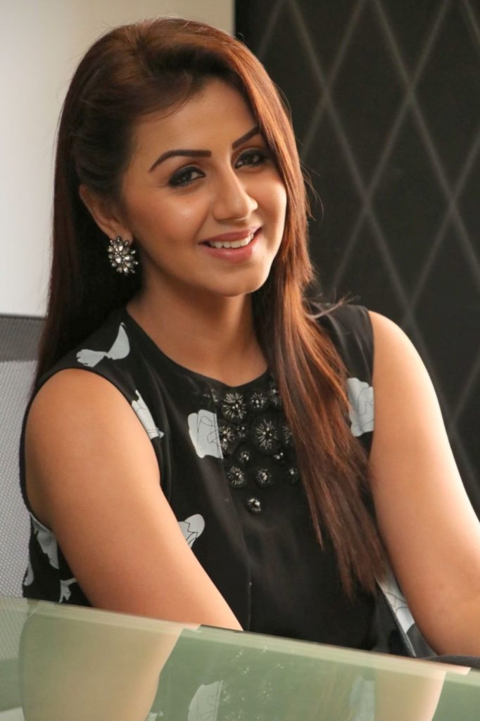 Nikki Galrani HD Images Download