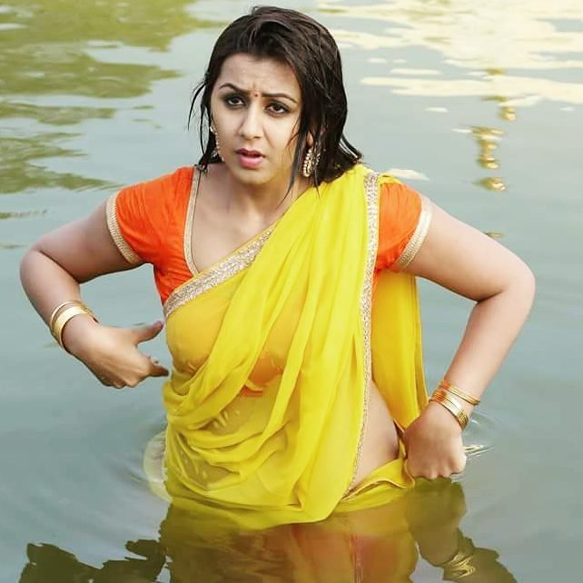 Nikki Galrani Hot Images In Swiming Pool