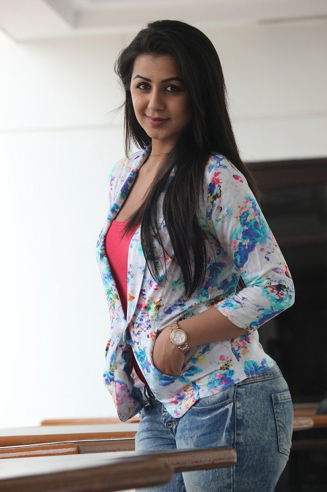 Nikki Galrani Hot In Jeans Top Pictures