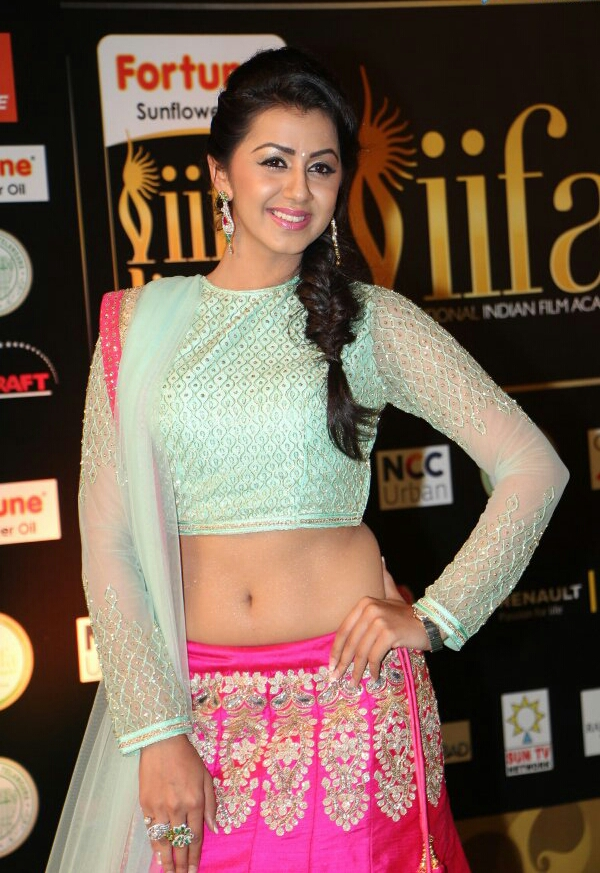 Nikki Galrani Spicy Navel Pics In Gagra Choli