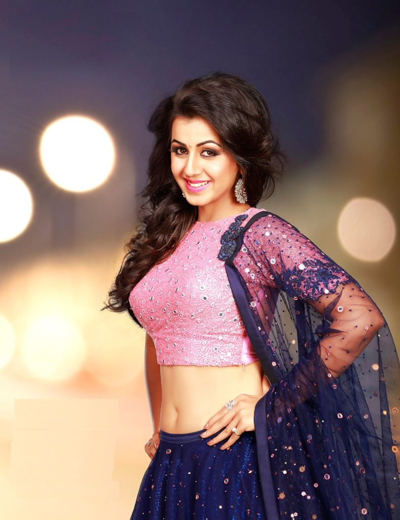 Nikki Galrani Spicy Navel Wallpapers