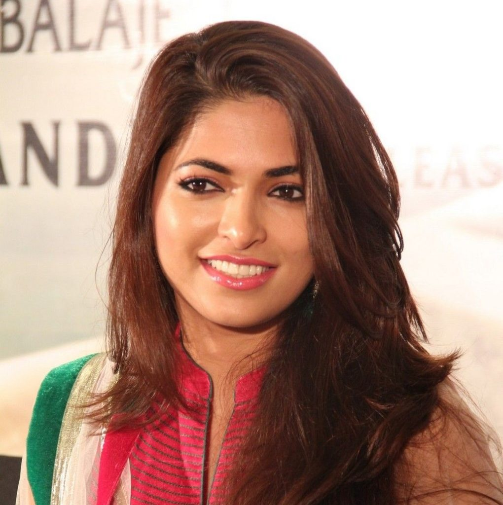 Parvathy Omanakuttan Cute Smile Pics