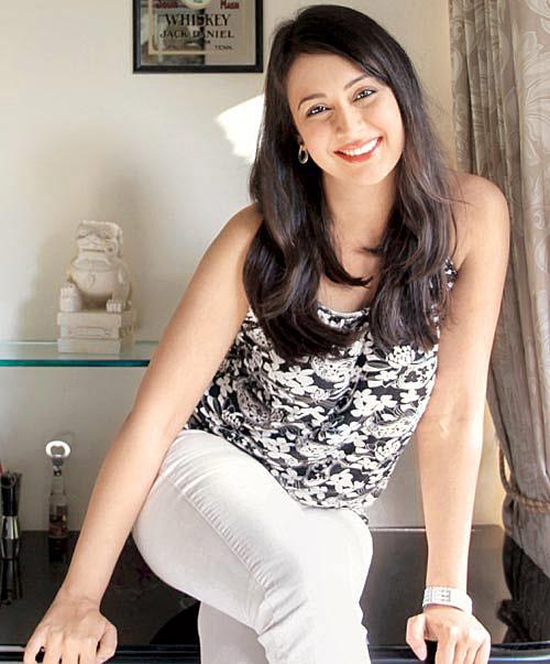Preeti Jhangiani Hot Bold Unseen Photos