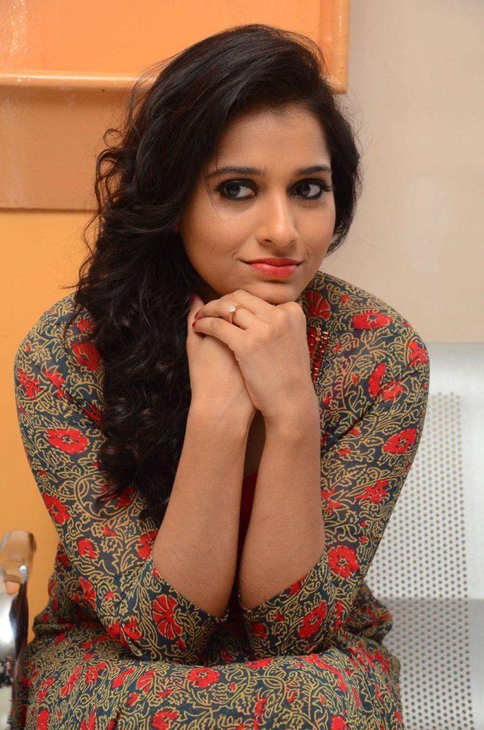 Rashmi Gautam HD Images Download