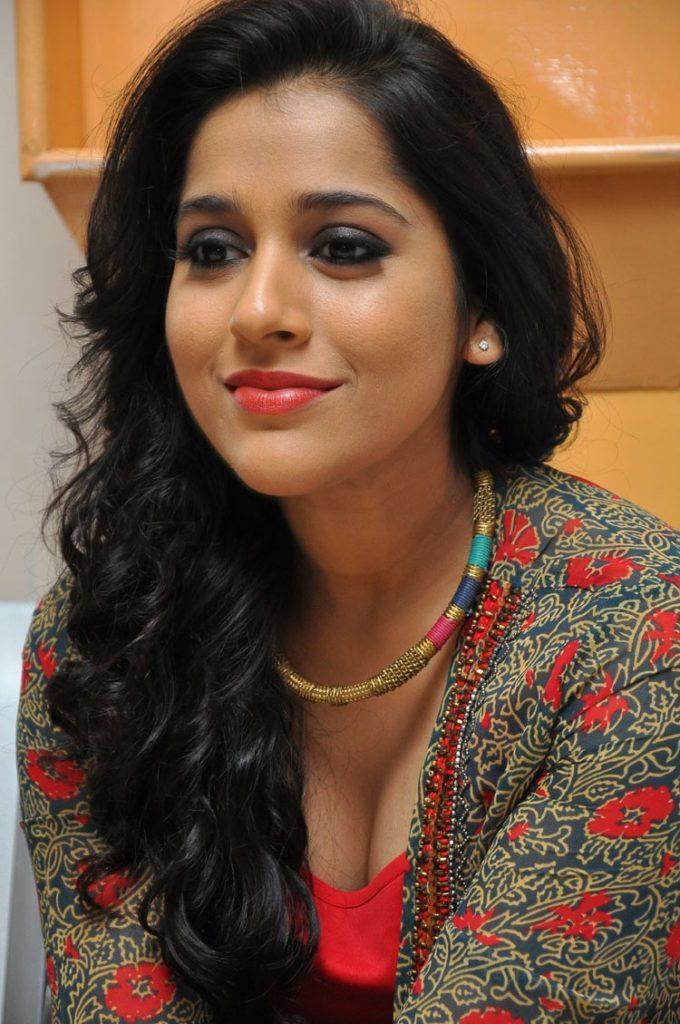 Rashmi Gautam Pictures Download