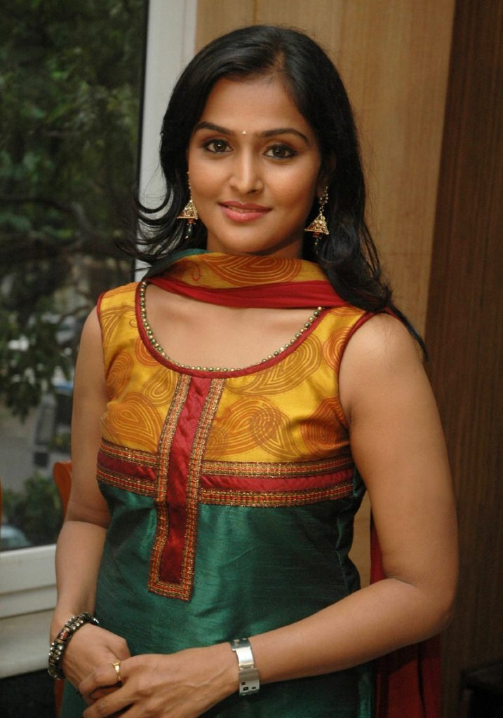 Remya Nambeesan Hot Images In Salwaar Kameez