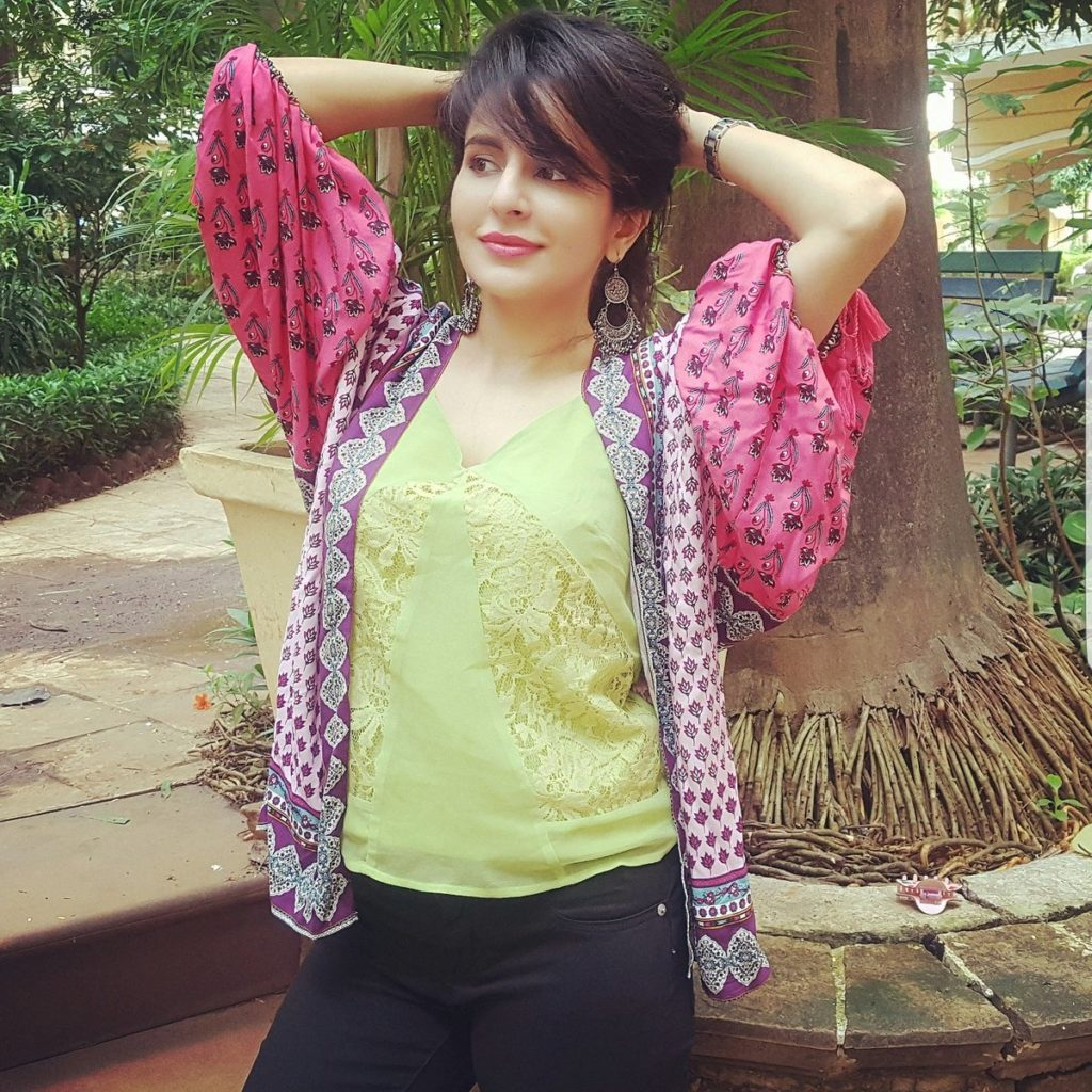 Roop Durgapal Cute Pics In Jeans Top