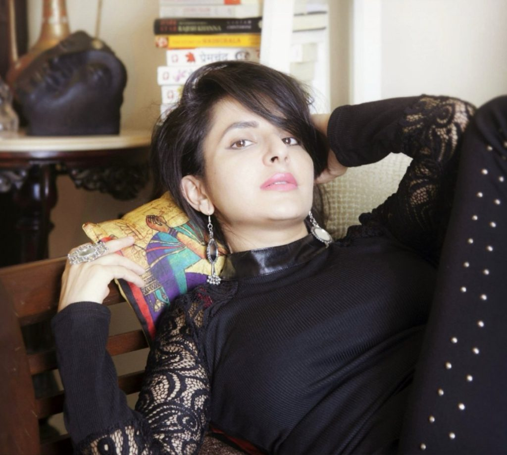 Roop Durgapal New Images Free Download