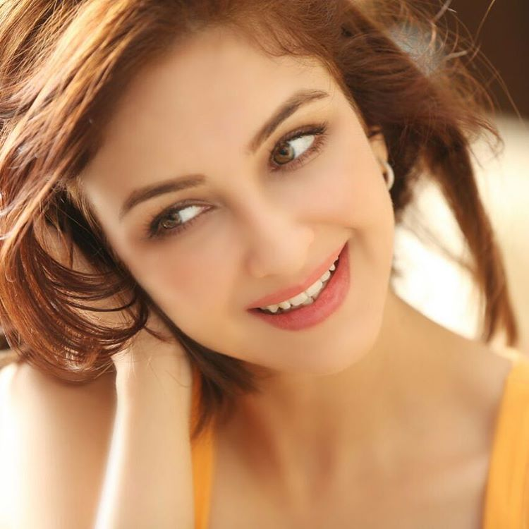Saumya Tandon Latest New HD Hair Style Pictures