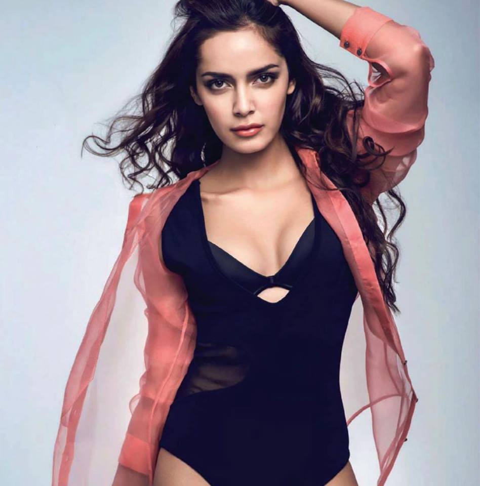 Shazahn Padamsee Hot Images In Swimsuit