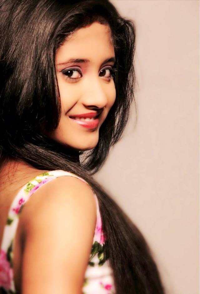 Shivangi Joshi HD Images