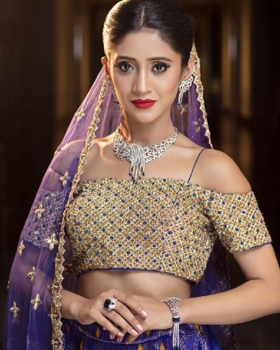 Shivangi Joshi Hot & Sexy Pics In Sexy Clothes