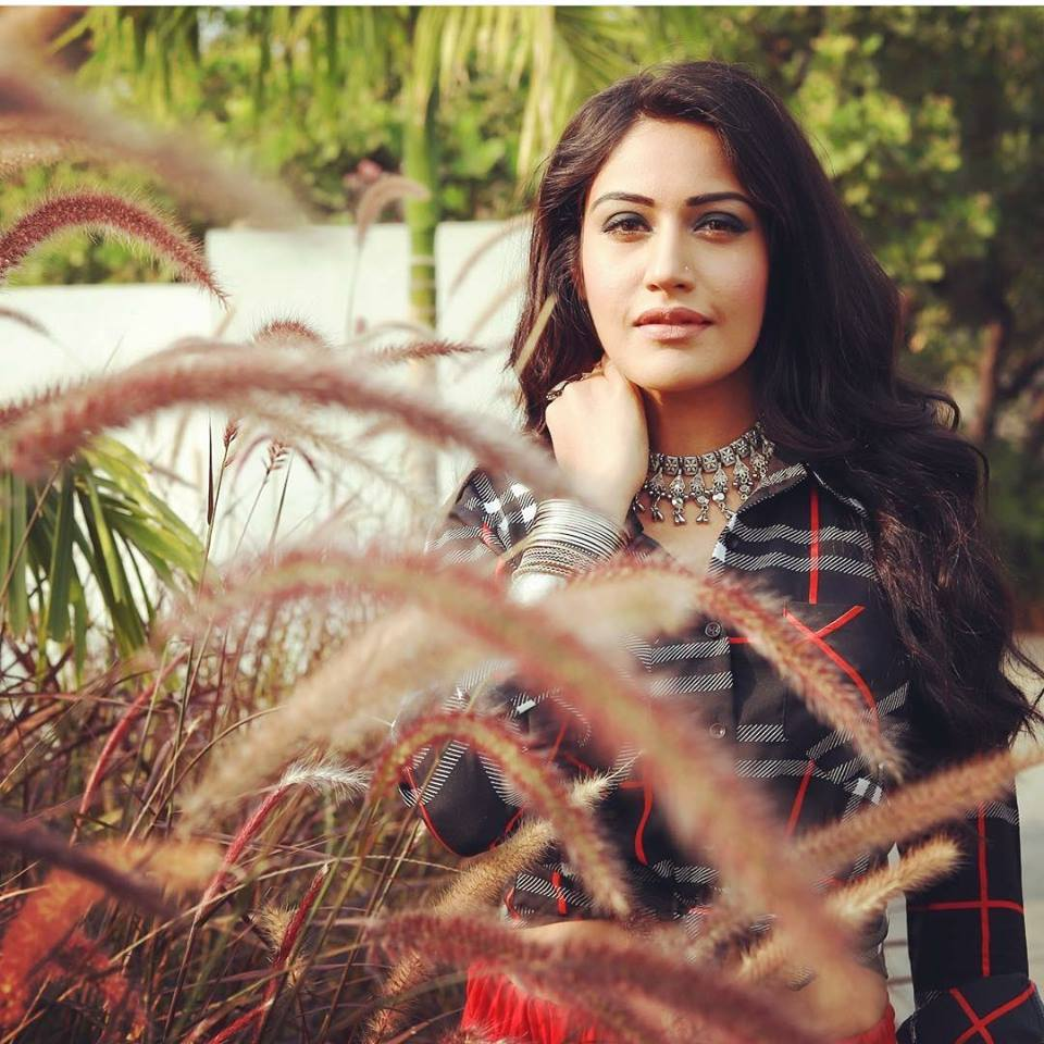 Surbhi Chandna Wallpapers