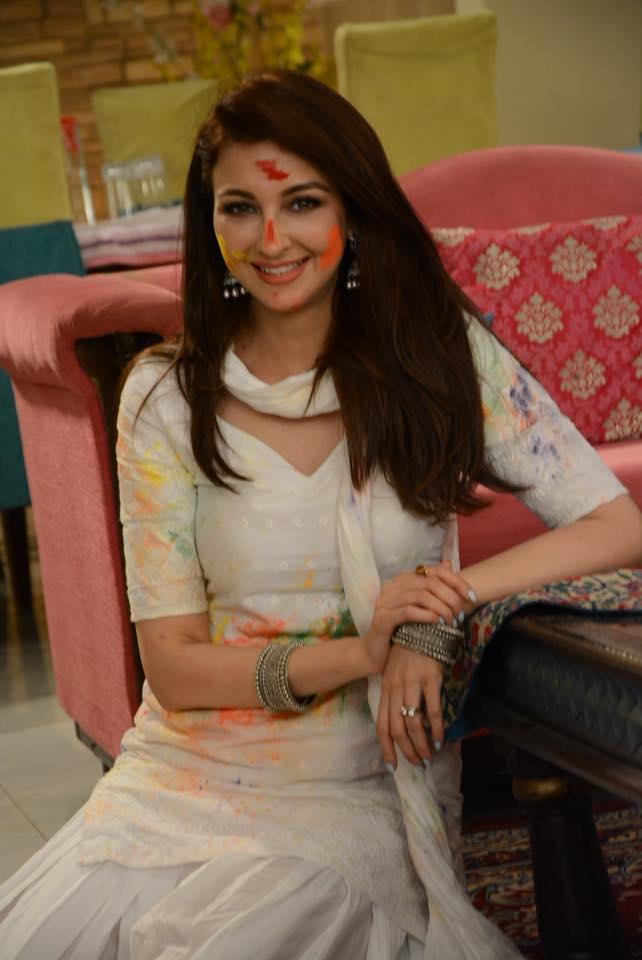 Sweet Saumya Tandon HD Photoshoot