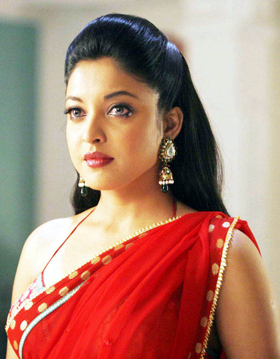 Tanushree Dutta New Pictures Photoshoot