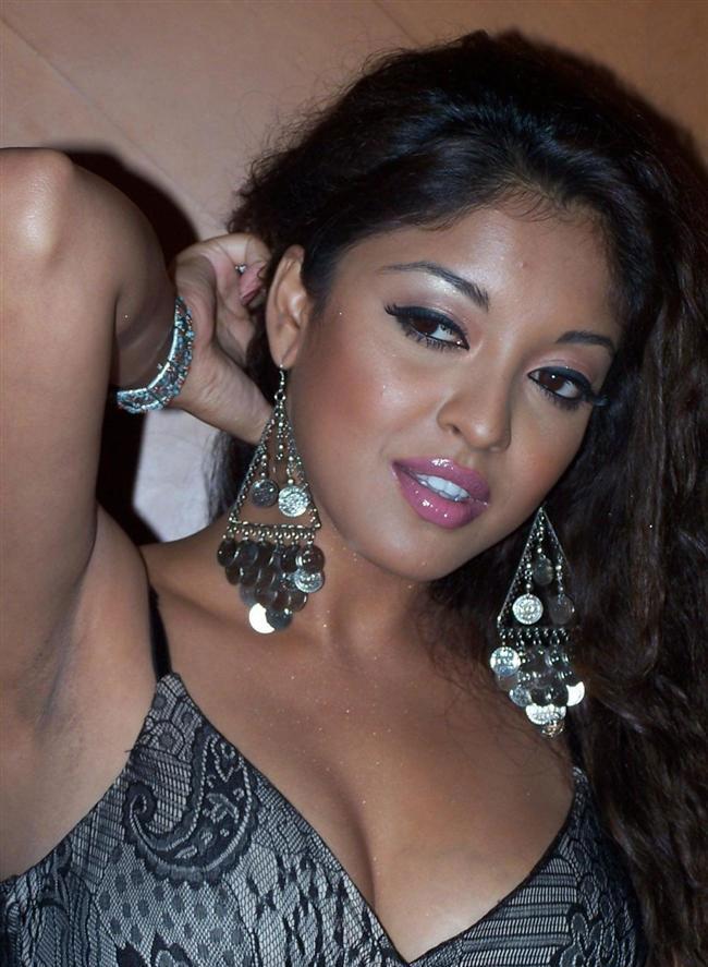 Tanushree Dutta Sexy
