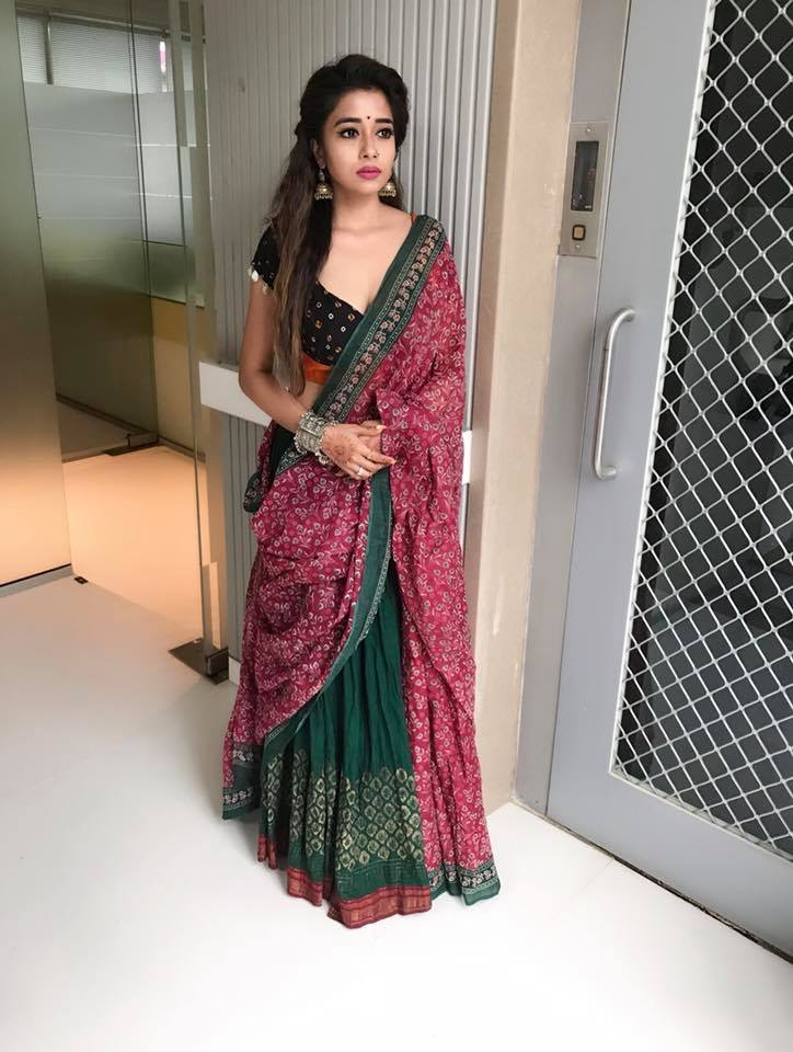 Tina Datta Hot Images In Saree