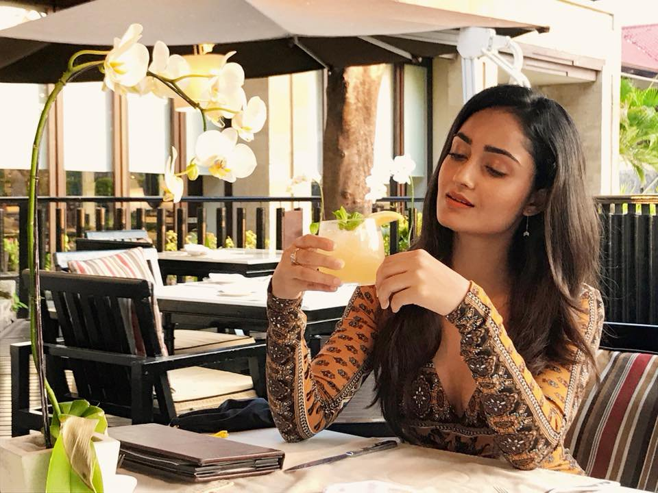 Tridha Choudhury Bold Unseen Wallpapers