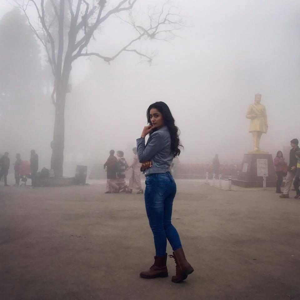 Tridha Choudhury HD Pics