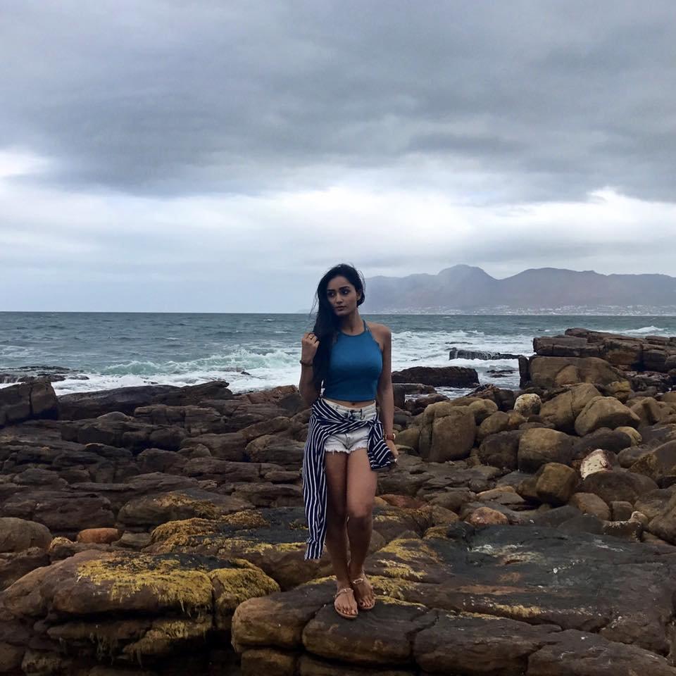 Tridha Choudhury Hot Pics In Short Jeans