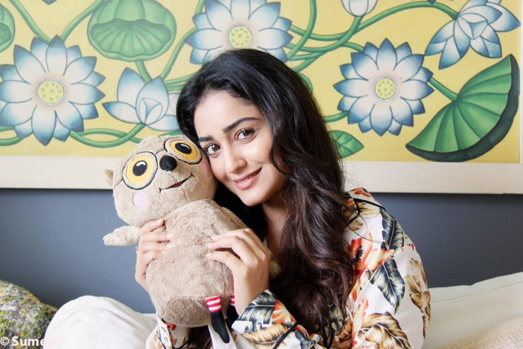 Tridha Choudhury Pictures