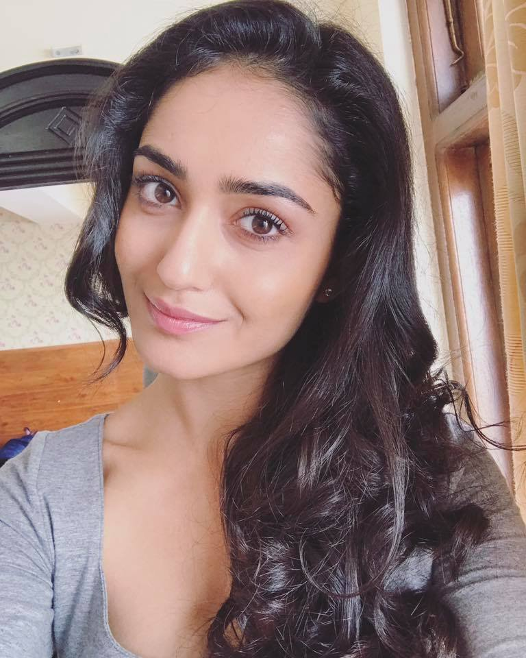 Tridha Choudhury Sexy Eyes Pictures