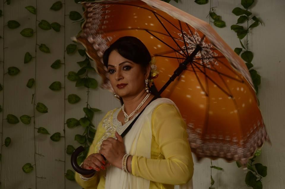 Upasana Singh HD Sexy Pics Full HD