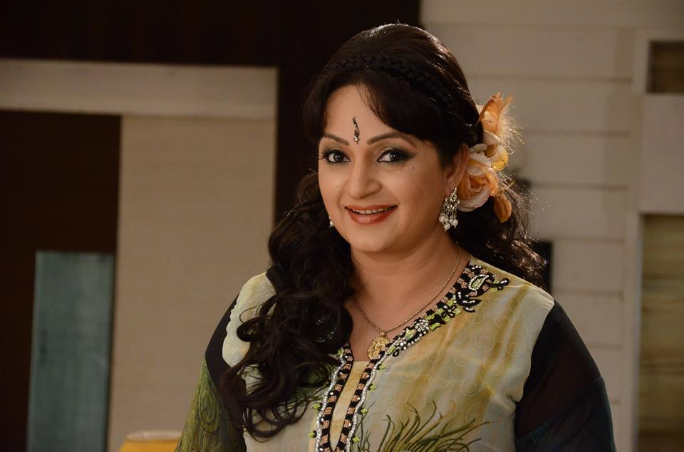 Upasana Singh Lovely Pictures