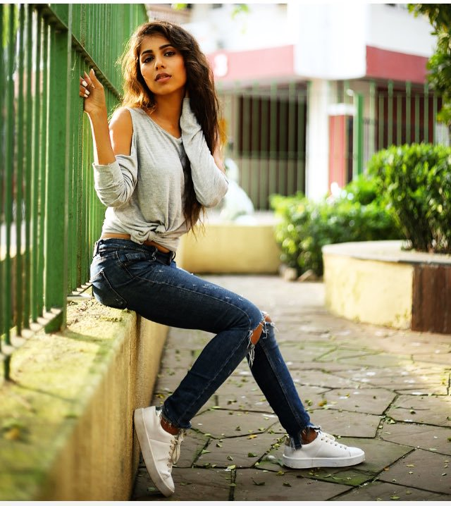 Vibha Anand Hot Pics Jeans Top