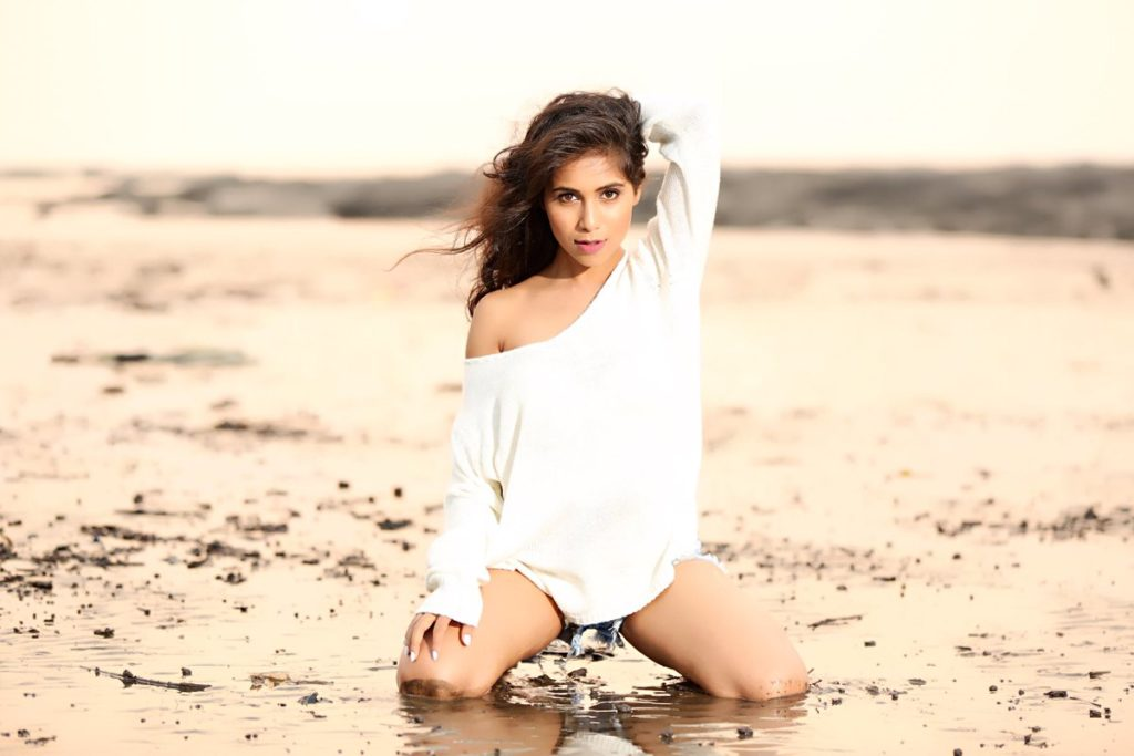 Vibha Anand Hot Pictures Gallery In Swimsuit