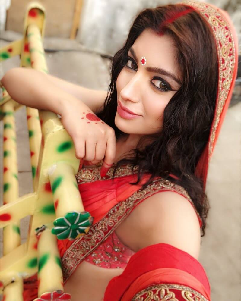 Akanksha Puri HD Images Download