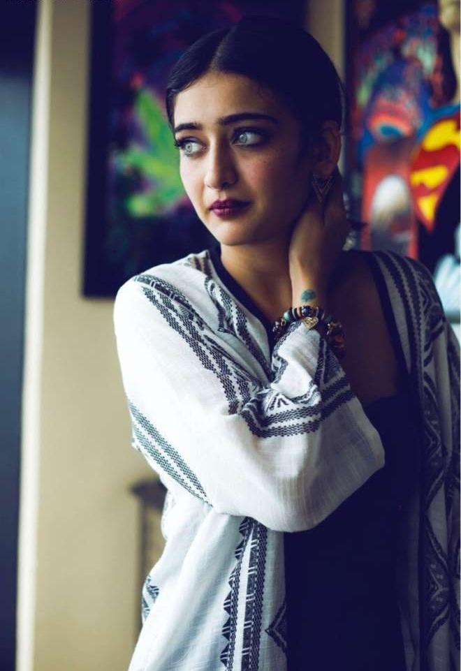 Akshara Haasan Bold Pictures