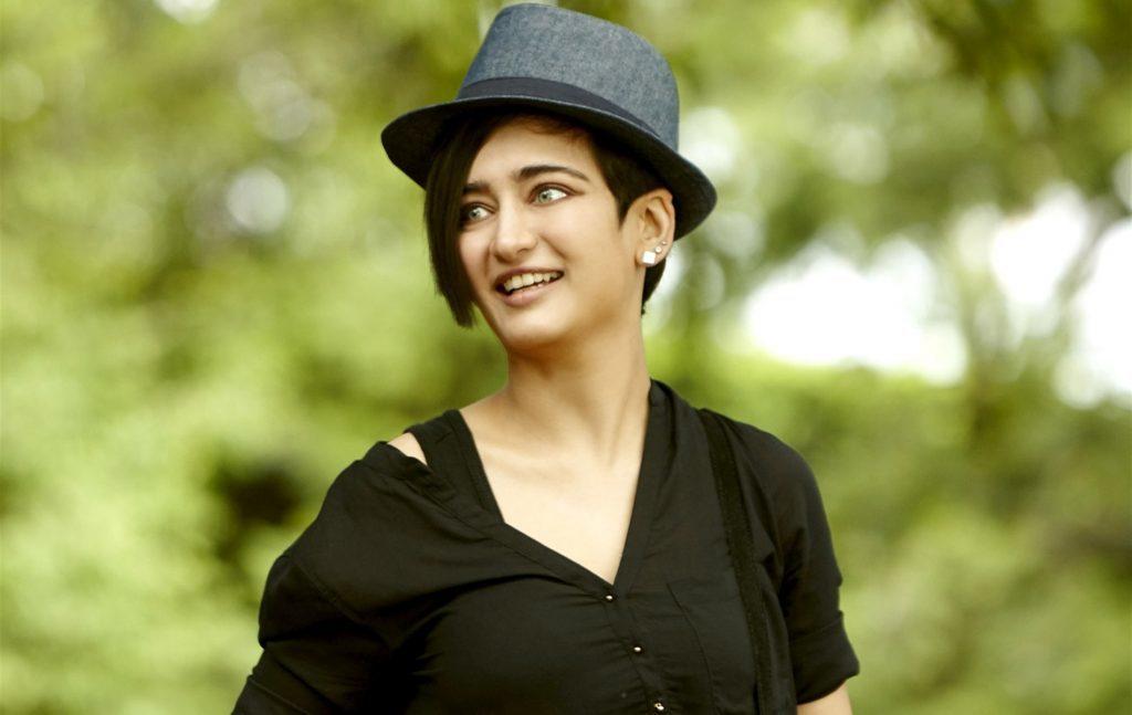 Akshara Haasan Cute Pics