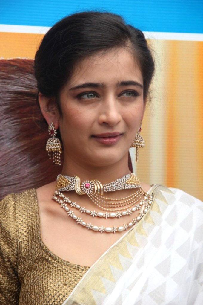 Akshara Haasan Pictures