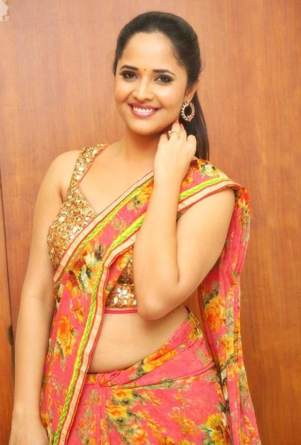 Anasuya Bharadwaj Hot
