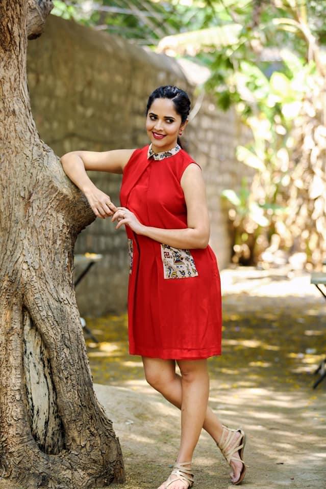 Anasuya Bharadwaj Sexy Pics In Undergarments