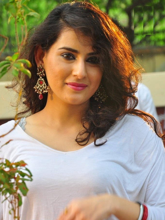 Archana Full HD New Wallpapers