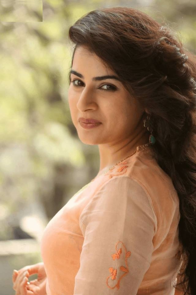 Archana HD Sexy Wallpapers