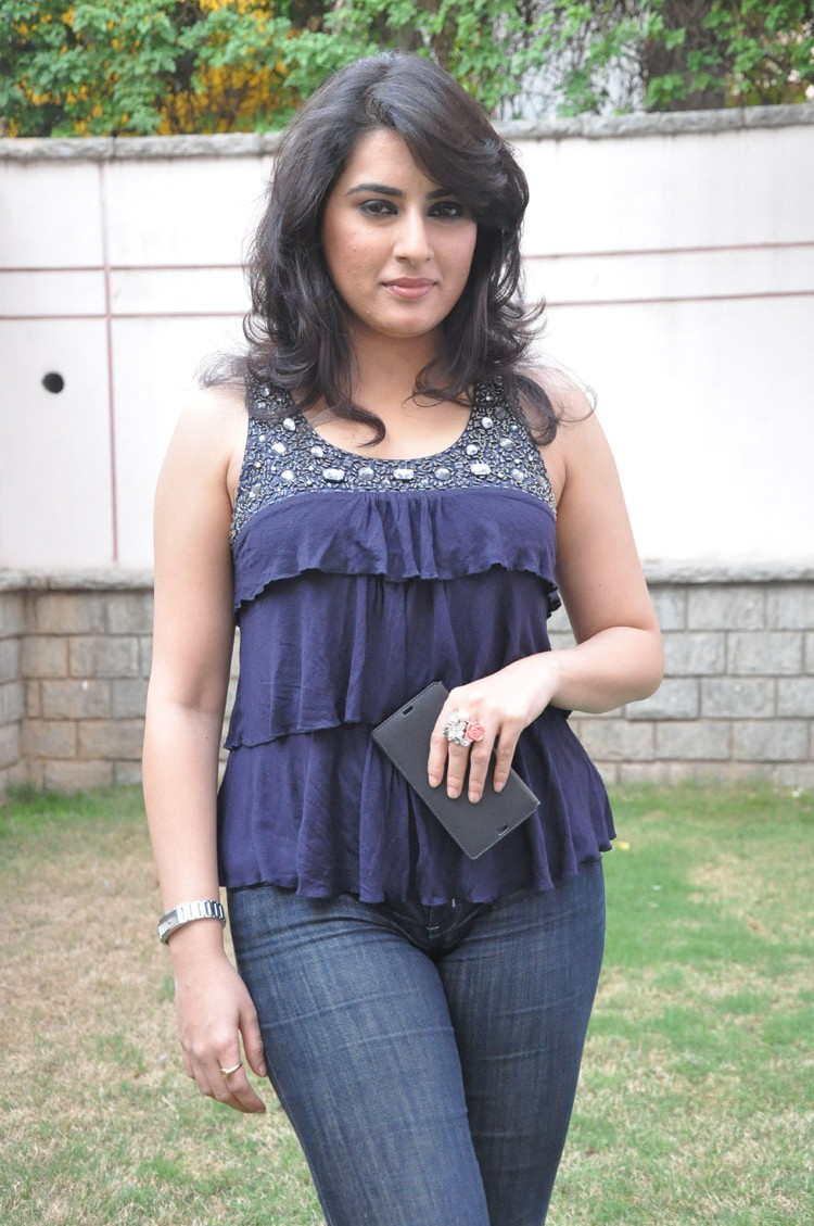 Archana Hot Images In Jeans Top