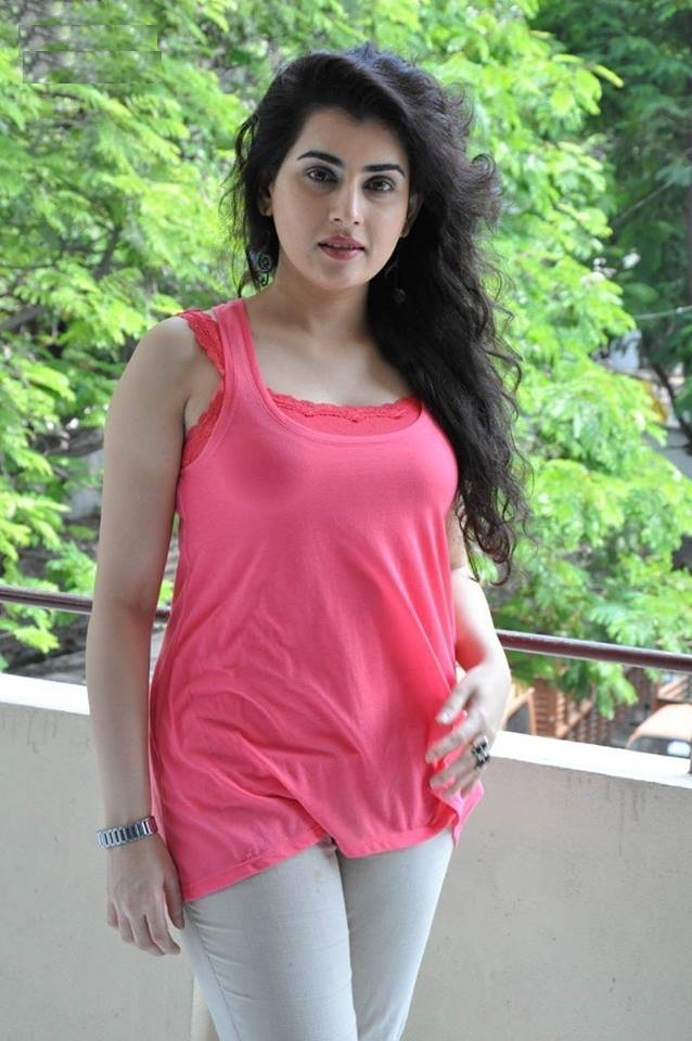 Archana Hot In Jeans Top Images