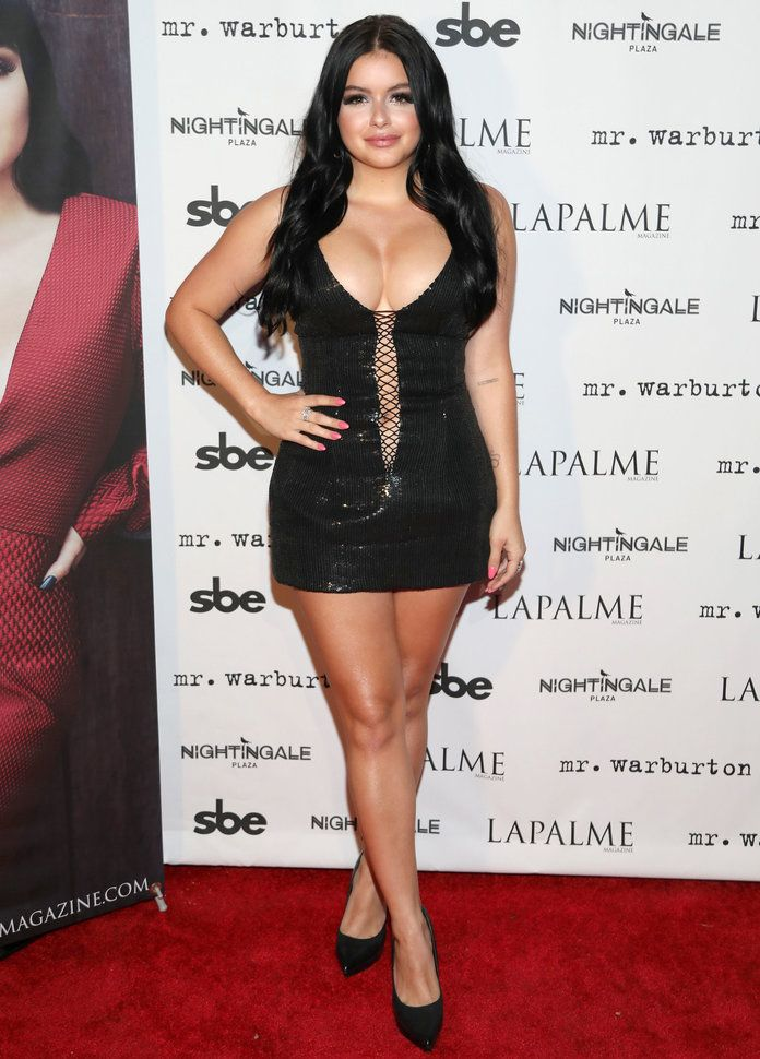 Ariel Winter Beautiful Pics