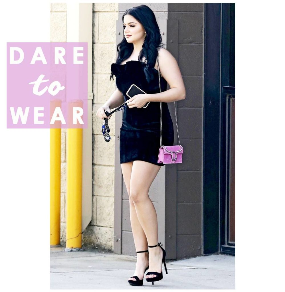 Ariel Winter Sexy Images In Short Cloths