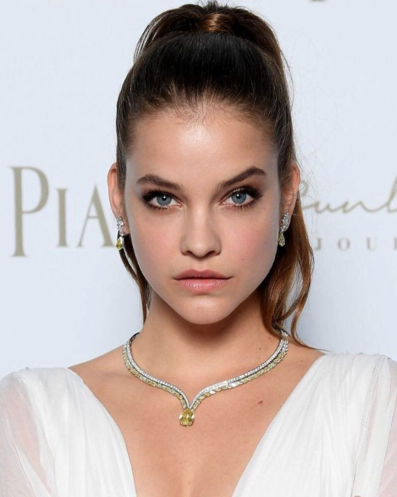 Barbara Palvin Latest Hair Style Images