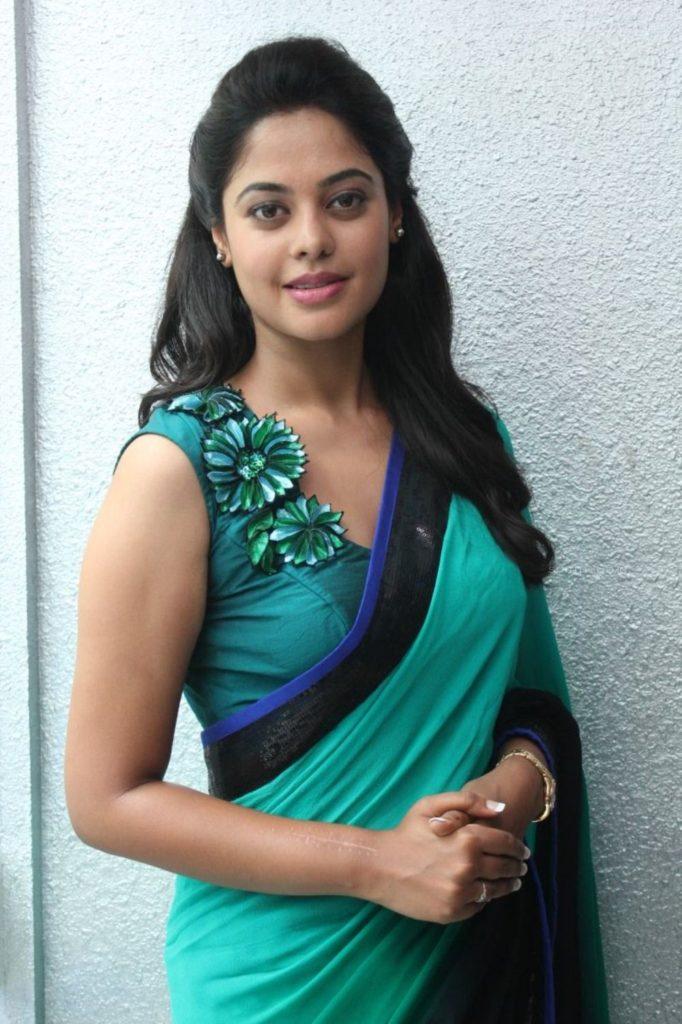 Bindu Madhavi Bold Images Photoshoot